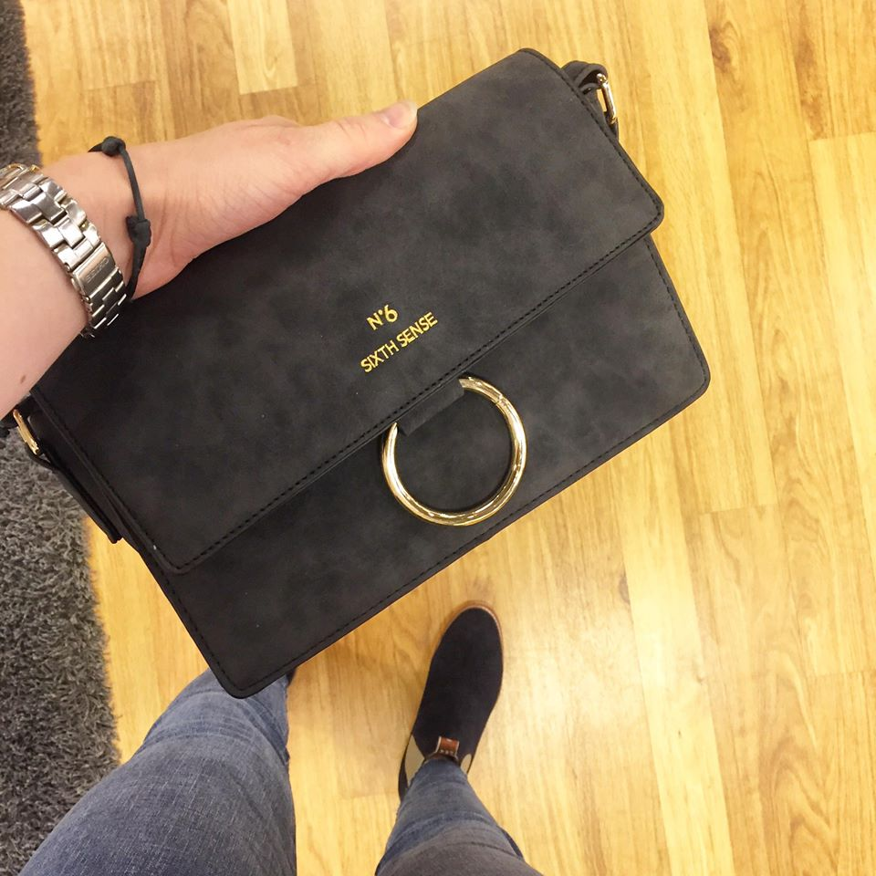 Hur snygg?!? 👜 #skoakademin #rmwilliams #handbag